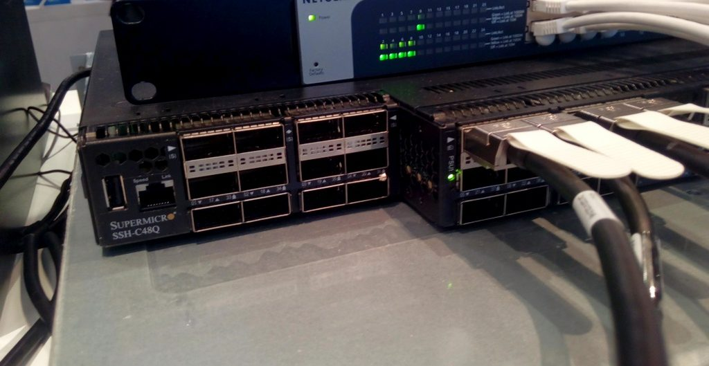 Giải pháp mạng siêu tốc 25GbE/100GbE của Supermicro