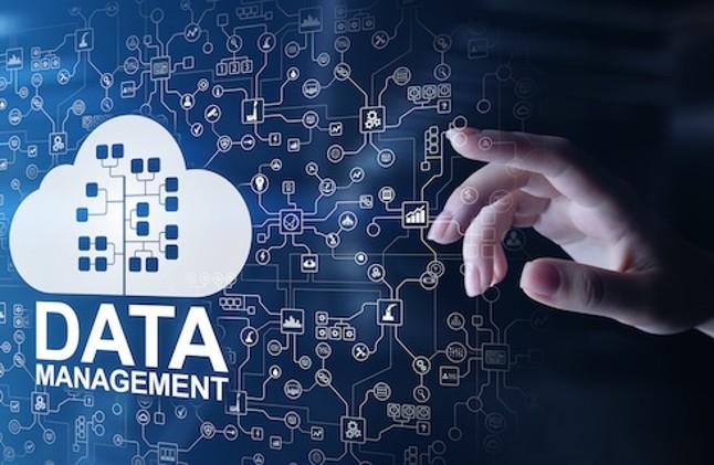 Thế nào là quản lý dữ liệu đám mây?